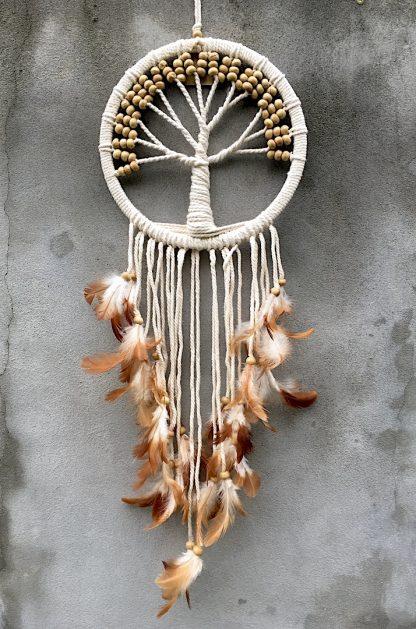 ručně vyrobený lapač snů se stromem života s větším kruhem bílé korálky 70 cm