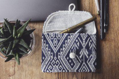ručně tkaná taštička na pas z bavlněné příze