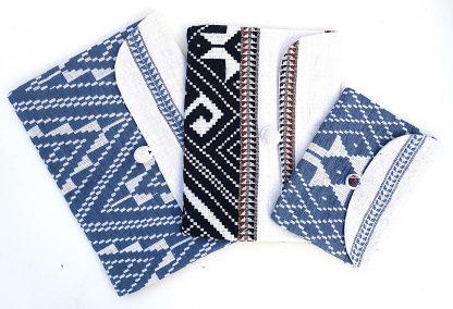 ručně tkané taštičky z bavlněné příze různé velikosti