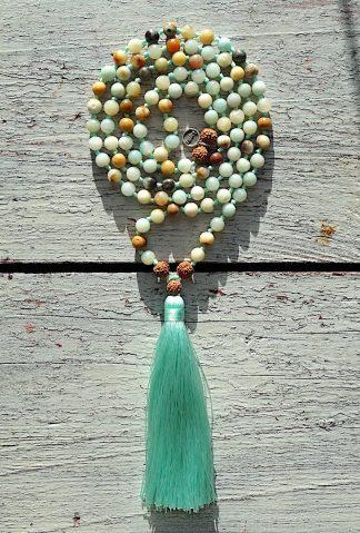 ručně vyrobená meditační mala Amazonit barevný a Rudraksha