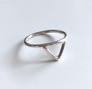 stříbrný prstýnek Melasti z ryzího stříbra