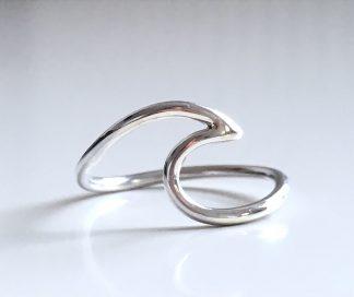 stříbrný prsten Wave ze stříbra o ryzosti Ag925