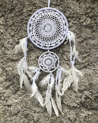 ručně vyrobený lapač snů bílý dva kruhy 70 cm
