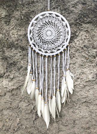 ručně vyrobený lapač snů bavlněný s korálkama 85cm