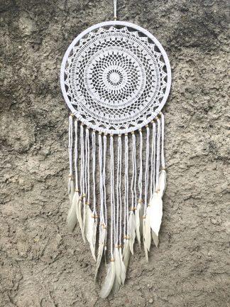 ručně vyrobený lapač snů bavlněný s korálkama 100 cm