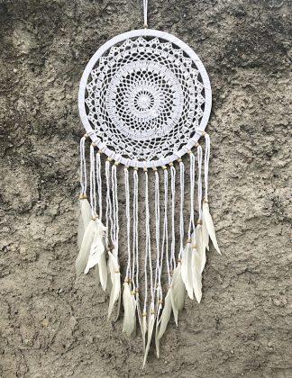 ručně vyrobený lapač snů bavlněný s korálkama 90 cm