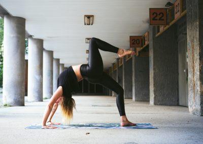Sarka Polakova - lektorka jogy 5