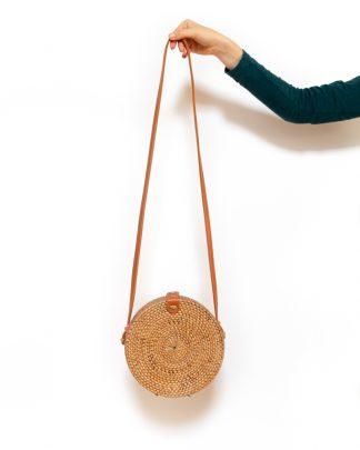 ručně upletená dámská ratanová kabelka Intention