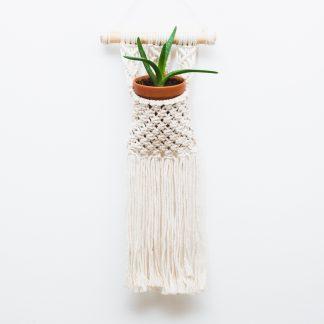 ručně vyrobený macramé závěsný květináč na zeď Cutie