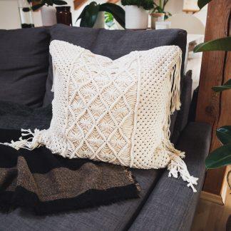 ručně vyrobený macramé polštář Jasmine 50x50 cm