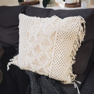 ručně vyrobený macramé polštář Balangan 50x50 cm